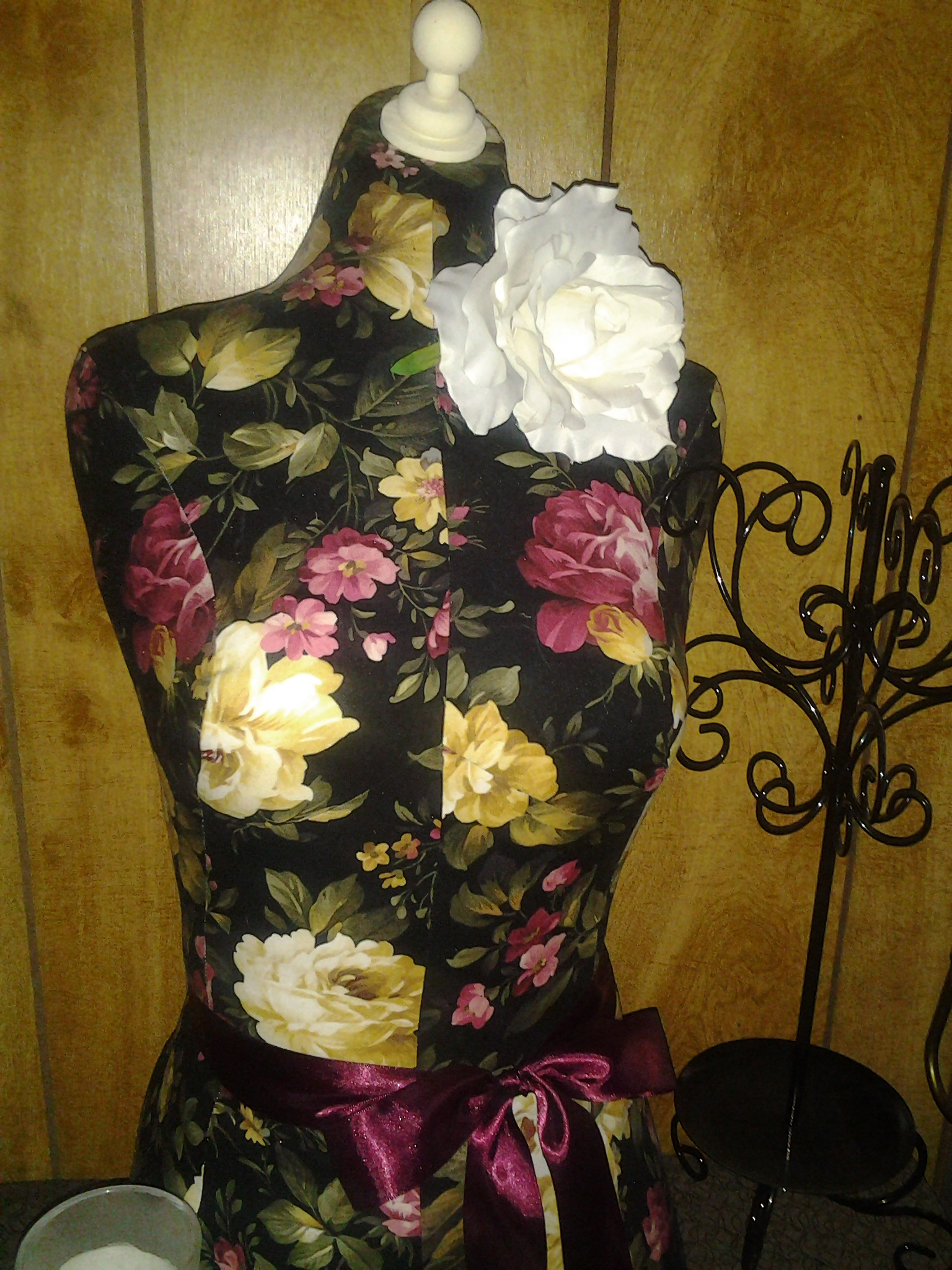 Boutique Dress Form Designs With Stand Life Size Torso Great For Store Front Display Or Home Decor Decorative Floral Inspired By Pottery Barn